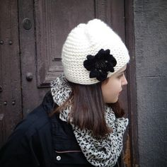 Gorro $5000 Winter Hats, Crochet Hats, Instagram, Fashion, Bazaars, Beanies, Knitting Hats, Moda, Fashion Styles