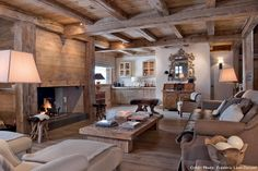 A raw chalet of elegance Chalet Interior, Interior Exterior, Interior Design, Chalet Design, Lodge Style, Rustic Interiors, Cabin Interiors, Log Homes, Architecture Design