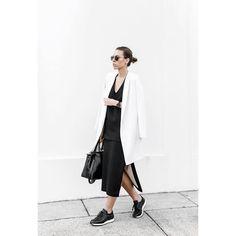 ¡Buenos días! #tendencias #moda para nosotras… lacasitademartina.com 👠👗👜 #streetstyle  #fashionblogger #fashion #trends #blogger #mom #mum #coolmom #lacasitademartina #lcmMum #fashionmom #fashionmum Pic © Modern legacy
