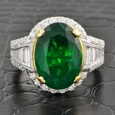 7.25 ct Emerald and 1.19 ct Diamond ring, set in 14k yellow and white gold