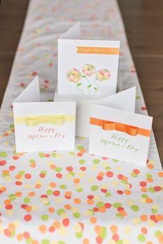 Mother's Day Cards  | Free Printable    http://www.thetomkatstudio.com/hgtvmothersday/
