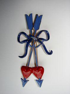 Coro hearts and arrows enamel brooch
