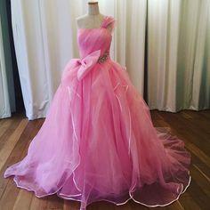 """スウィートなピンクの新作ドレス""""Rose"""" #ウェディングドレス#カラードレス#エニーブライダル#anniebridal#格安ドレス#花嫁準備 by anniebridal_osaka"""