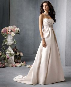 Romantic Wedding Dresses by Ecem Haoute Couture Eskişehir Turkiye