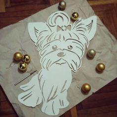 Большая маленькая собачка получилась!  #2018годсобаки #собака #щенок #dog #puppy #2018yearofthedog #художественноевырезаниеизбумаги #вытынанка #бумага #handmade #своимируками #ручнаяработа #резнаяоткрытка #paper #paperart #paperwork #papercutting #the_sound_of_paper