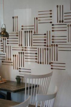 30 Ideas for Interior Decorating with Wooden Spoons Adding Ethnic Chic to Modern Homes - wood spoon wall decorations horizontal and vertical lines. Bakery Decor, Bakery Design, Cafe Design, Restaurant Design, Bakery Interior Design, Bakery Ideas, Design Hotel, Ideas Cafe, Accent Wall Designs