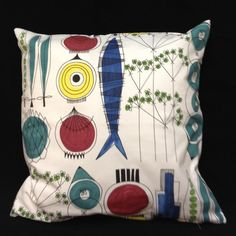 Annons på Tradera: DUBBELSIDIGT KUDDFODRAL - PICKNICK - MARIANNE WESTMAN Mcm Furniture, Soft Furnishings, Sweden, Textiles, Throw Pillows, Retro, Tableware, Fabric, Pattern