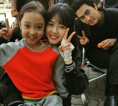 I think Go Ara and Song Seung Heon would make beautiful babies . Korean Drama Movies, Korean Actors, Korean Dramas, Go Ara, Black Korean, Korean Tv Shows, Song Seung Heon, Colouring Pics, Japanese Drama
