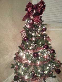Aggie Christmas Tree