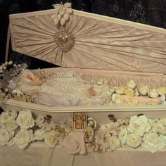 Child in coffin, photo by Barbara Canepa