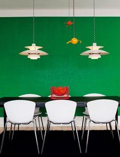 Reimagine your interior design process, from inspiration to installation. Interior Design Process, Room Interior Design, Interior Decorating, Green Dining Room, Green Rooms, Scandinavian Living, Scandinavian Interior, Green Accent Walls, Green Walls