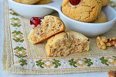 Biscuiti cu nuca - Biscuiti fragezi - Retete culinare by Teo's Kitchen Lidl, Biscuit, Muffin, Cookies, Breakfast, Desserts, Food, Crack Crackers, Morning Coffee