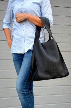 ZITA duża skórzana torebka damska Rebecca Minkoff, Bags, Fashion, Purses, Fashion Styles, Totes, Lv Bags, Hand Bags, Fashion Illustrations