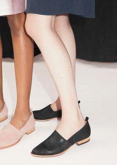 & Other Stories suede flats Sock Shoes, Shoe Boots, Women's Shoes, Look Fashion, Fashion Shoes, Flipflops, Bcbg, Zapatos Shoes, Suede Flats