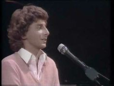 Can't Smile Without You - Barry Manilow