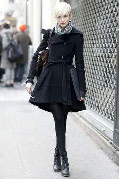 Fall Paris Fashion Street 01---like this and I want it too :)