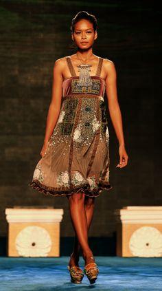 Minh Hanh. Vietnamese Fashion Designer. Italy & Vietnam 2012 Photo: Huy Anh
