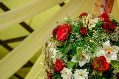 Eger eskuvo025 Christmas Wreaths, Holiday Decor, Blog, Home Decor, Christmas Swags, Homemade Home Decor, Holiday Burlap Wreath, Interior Design, Home Interior Design