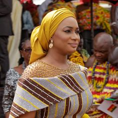 5 Top African Fashions for Men – Designer Fashion Tips African Blouses, African Lace Dresses, African Dresses For Women, African Attire, African Wear, African Women, African Fashion Ankara, Ghanaian Fashion, Latest African Fashion Dresses