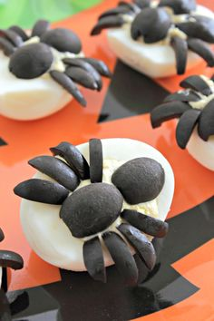 Spider Deviled Eggs - easy to make and spooktacular on a plate!
