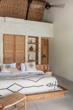 Bali Bedroom, Wood Bedroom, Bedroom Inspo, Bedroom Decor, Australian Home Decor, Bali Style Home, Room Inspiration, New Homes, House Rooms