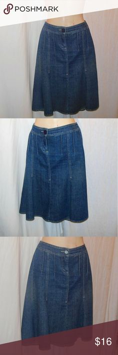 White House Black Market Denim Skirt Size 2 Up for your consideration here is a trumpet like denim skirt made by White House Black Market in a size 2. The skirt has a wonderful denim color with a yellow hue. Please note that any objects photographed with the skirt are not included. Make sure to browse my closet for a top to wear with the skirt, bundle it up to receive 10% off :-) White House Black Market Skirts Midi