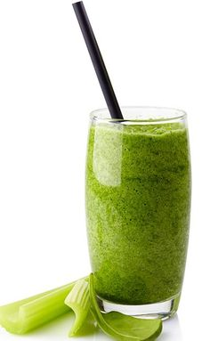 Weight Loss Smoothie - Celery, Pear, And ACV Smoothie