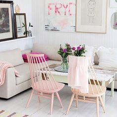 Smart space: Small room decor ideas for when you're short on space - like idea of different items . Colours can be adjusted