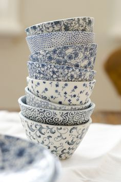 Indigo dainty patterns on cups for home decor