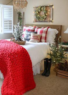 Christmas Interiors, Christmas Bedroom, Farmhouse Christmas Decor, Christmas Home, Holiday Decor, Seasonal Decor, Cosy Christmas, Christmas Decorations, Miniature Christmas