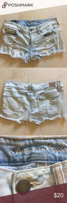 American Eagle Jean Shorts Distressed Light Blue Jean Shorts. Size 6 American Eagle Outfitters Shorts Jean Shorts