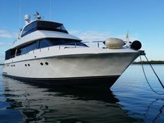 Wow, I really love this boat! :)