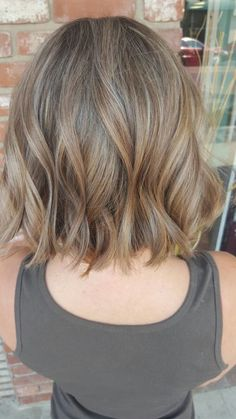 BLONDE OMBRE HAIR COLOR SUMMER, Balayage Dark Blonde beach blonde short textured Bob by Stacy Pope