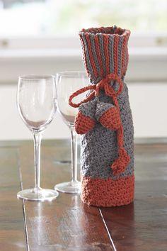 Bernat® Harvest Home Bottle Cozy #harvesthome #crochet #pattern