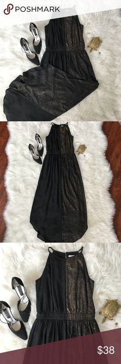 Gorgeous Bar III Gold and Black Halter Dress Sz S This BAR III Halter dress is amazing. It is floor length and looks amazing with heels. It is shimmery gold on one size and solid black on the other. No stains or tares! This dress is great for an evening out or formal functions. Bar III Dresses Asymmetrical