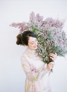 Florist, Kiana Underwood and author of Color Me Floral: Stunning Monochromatic Arrangements for Every Season