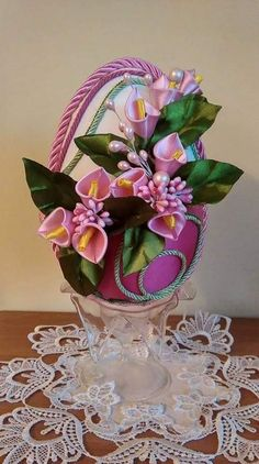 Faberge Eggs, Egg Art, Egg Decorating, Quilling, Easter Eggs, Floral Wreath, Coconut, Wreaths, Diy