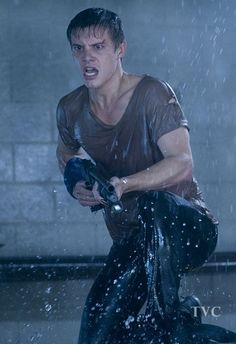 Starring none other than Xavier Samuel himself. The image is from Bait - via Bloody Disgusting - which is about a shark in a shopping. Post Apocalyptic Fiction, Xavier Samuel, Character Profile, Wet T Shirt, Face Expressions, Male Face, Action Movies, Storyboard, Character Inspiration