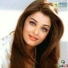 Aishwarya Rai Young, Aishwarya Rai Pictures, Aishwarya Rai Photo, Actress Aishwarya Rai, Aishwarya Rai Bachchan, Bollywood Actress, World Most Beautiful Woman, Stunningly Beautiful, Beautiful Saree
