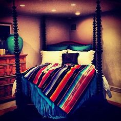 25 Western Bedroom Design And Decorating Ideas - Dlingoo Dream Bedroom, Home Bedroom, Master Bedroom, Bedroom Decor, Bedrooms, Bedroom Ideas, Mexican Bedroom, Southwest Bedroom, Western Rooms