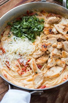 All you need is one skillet, a few fresh ingredients and soon enough you'll have 20 minute creamy sun dried tomato chicken pasta for dinner.