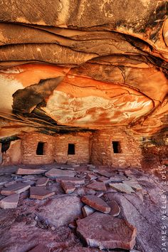 Reasons Celebrities Love Vacations at Lake Powell Fallen Roof Ruin, Lake Powell Area, Utah, US Oh The Places You'll Go, Places To Travel, Places To Visit, Utah Vacation, Into The West, Seen, All Nature, Travel Usa, The Great Outdoors