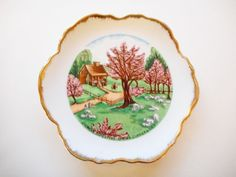 US $9.99 Used in Collectibles, Decorative Collectibles, Collector Plates