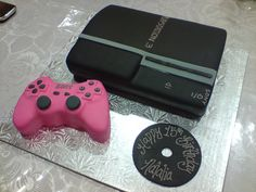 PS3 with a pink controller Cake