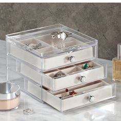 InterDesign 3 drawer slim jewelry organizer is perfect for keeping accessories conveniently stored. It features 3 drawers with soft ivory trays that showcase and protect your jewelry. Jewelry Box With Lock, Large Jewelry Box, Glass Jewelry Box, Jewelry Mirror, Jewelry Cabinet, Jewelry Tray, Wooden Jewelry Boxes, Jewelry Storage, Jewellery Box