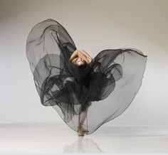 Simple fabric at full use. Seems to be alive in itself. Contemporary Dance Theater Photo by by Lois Greenfield.
