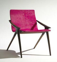 Sexy Stance Chair Design Ideas