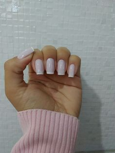 White tips French Manicure manicure nails Em Nails, Chic Nails, Classy Nails, Stylish Nails, Pink Nails, Hair And Nails, White Tip Nails, French Manicure Acrylic Nails, Square Acrylic Nails
