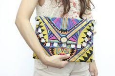 Embroidered Fabric Deco Jaw Clutch With Coins Magnetic Closure Thailand (BG306WC-44C10)