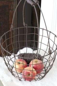 Freshly picked apples in a wire basket really appeal to me!